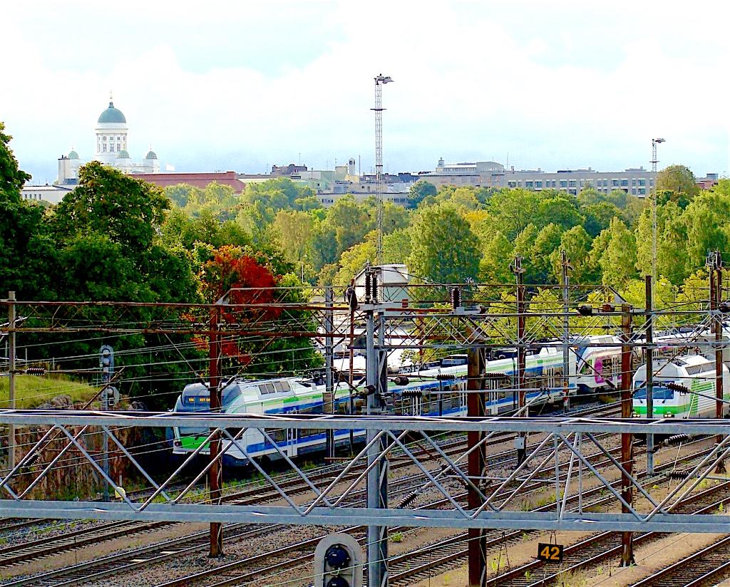 infrastruktuuri, juna